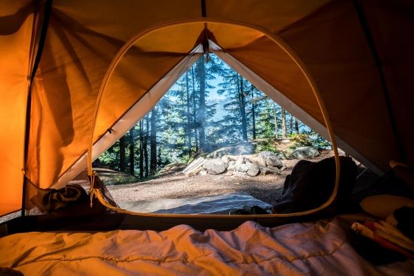 contratar conserjes para campings