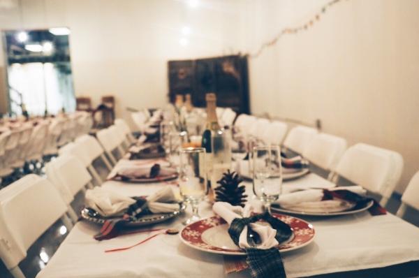 cómo organizar una cena de empresa